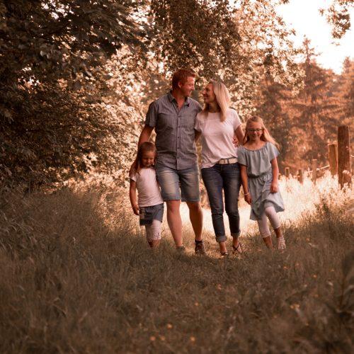 Familienfotoshooting Jana Bleich Fotografie Sommer Familienfotoshooting Paarshooting Hachenburg Westerwald